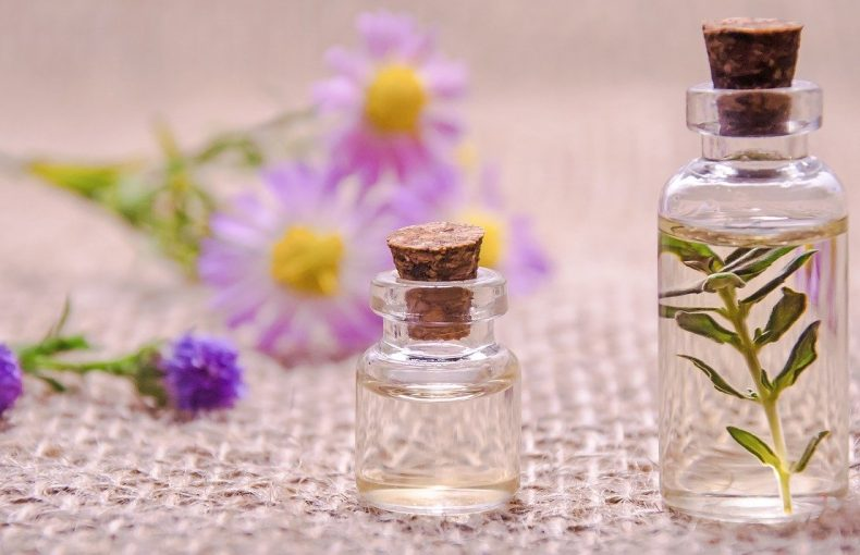 Holistic Latina - Essential Oils and Aromatherapy